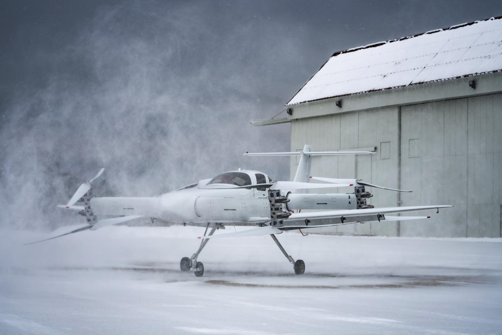 Beta Technologies Ava XC demonstrator in snow