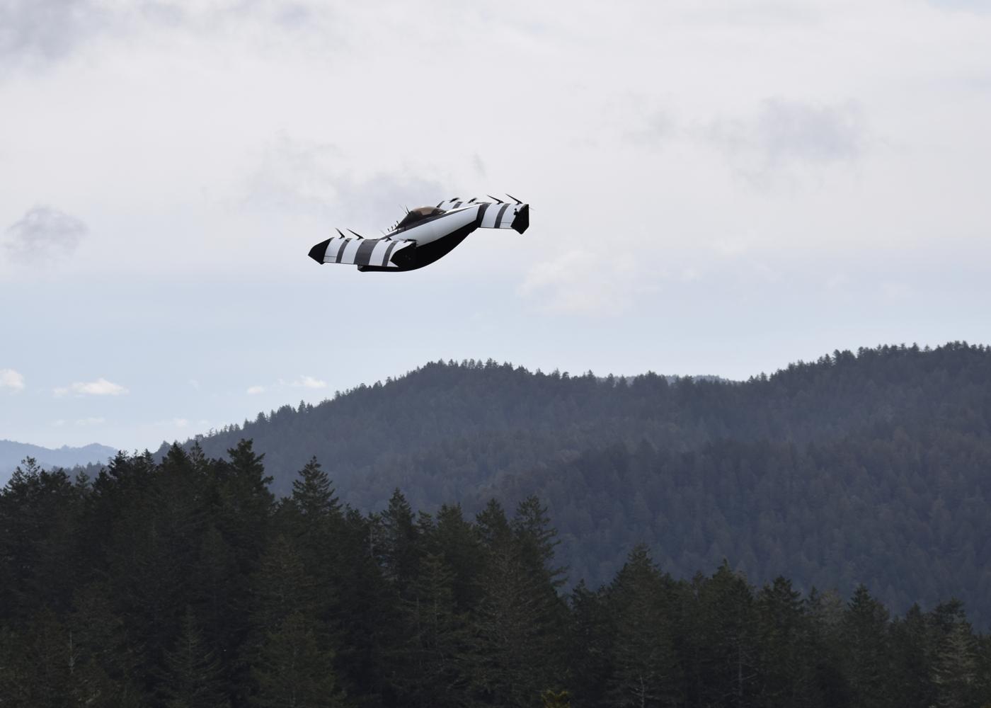 Opener BlackFly eVTOL in flight