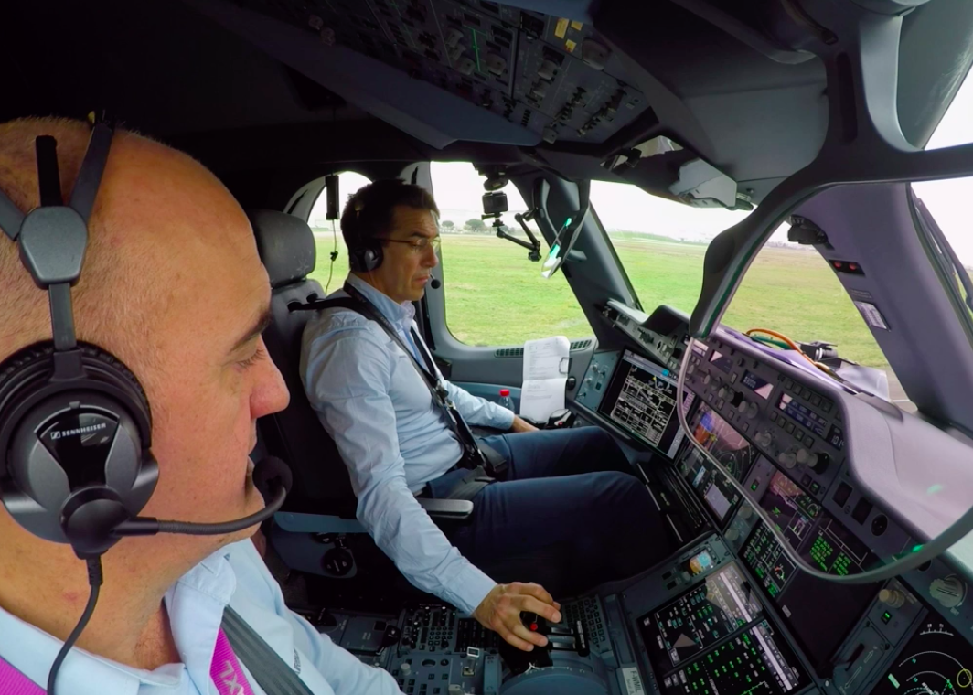 Airbus autonomous A350 takeoff and landing