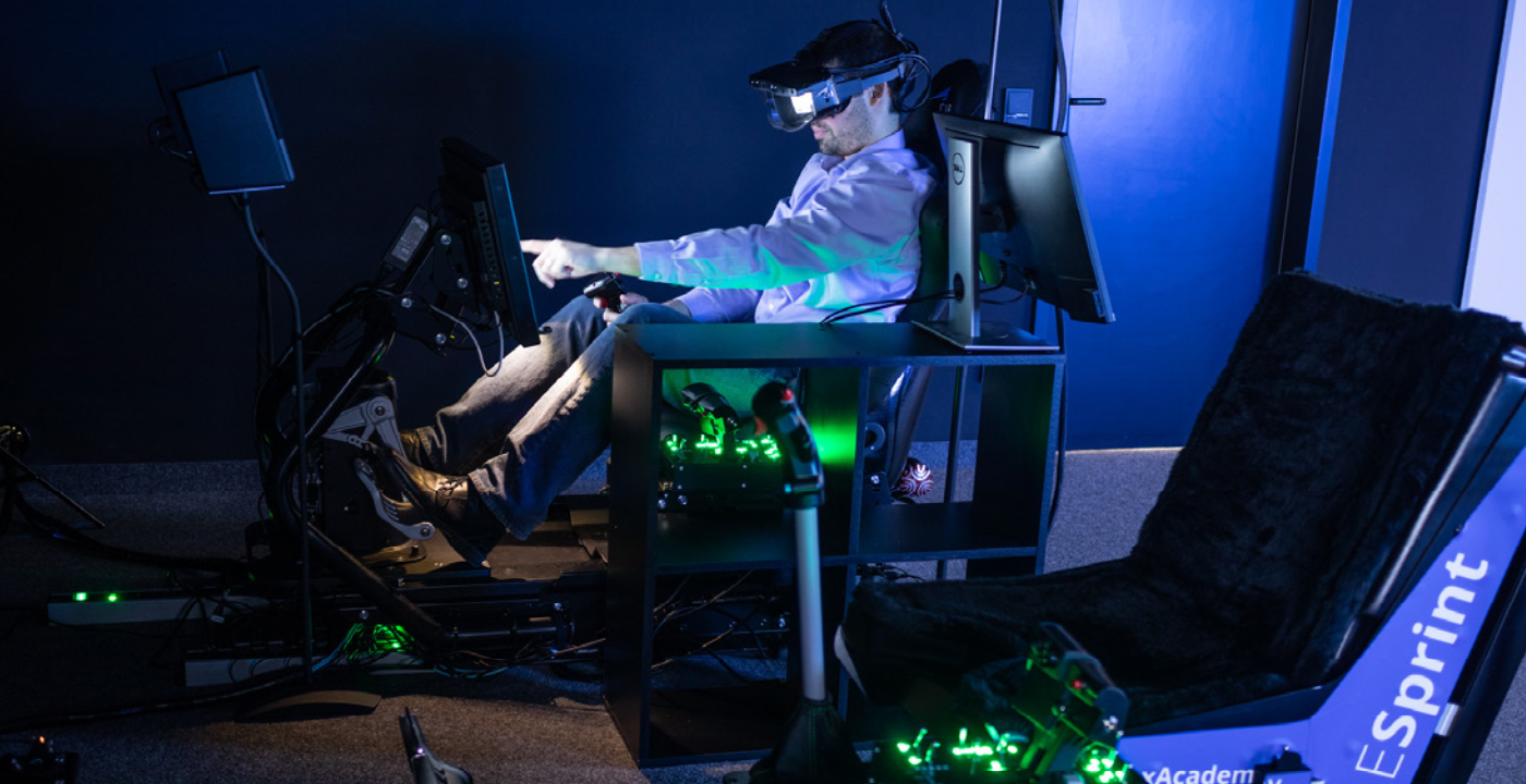 CAE VR simulator